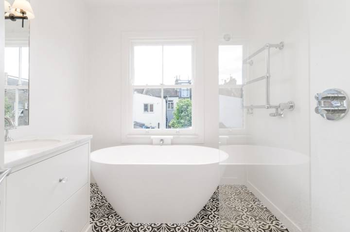 Bathroom in W4
