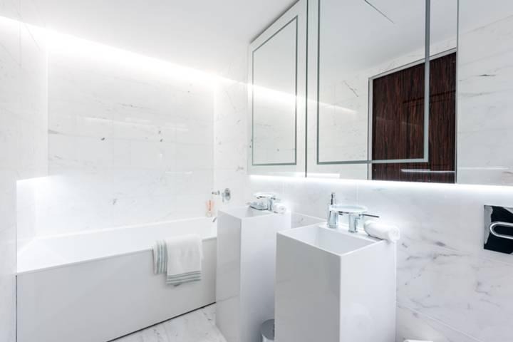 En Suite Bathroom in SW1P