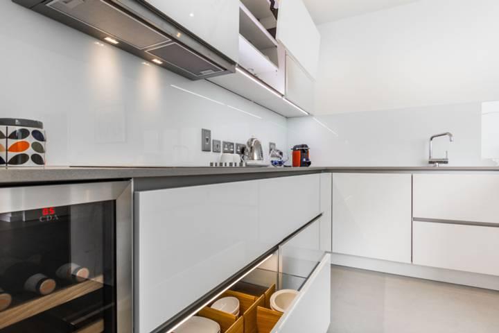 Kitchen in E20