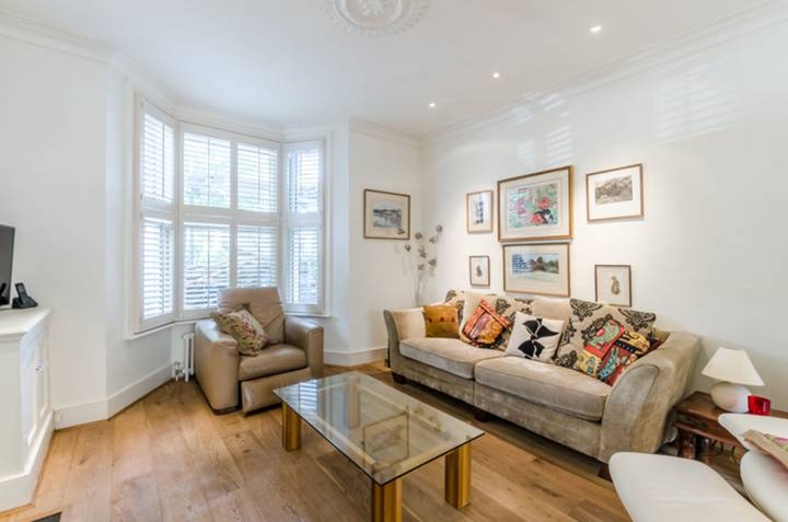 Double Reception Room in SW11