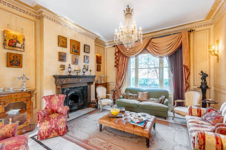 Double Reception Room in W14