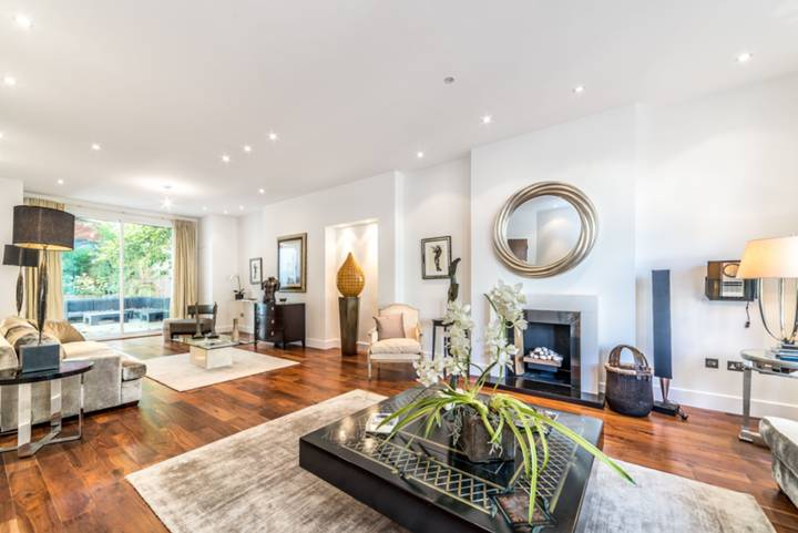 Reception Room in NW3