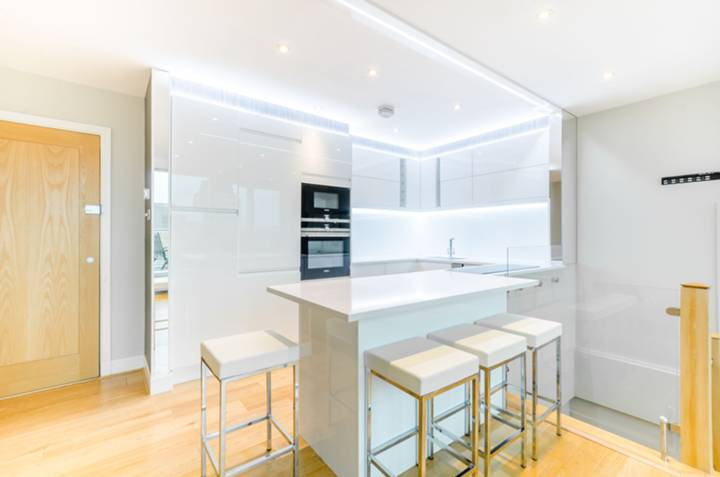 Open-Plan Kitchen in SE1