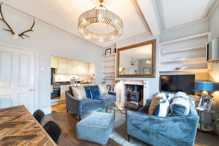 Reception Room in NW1