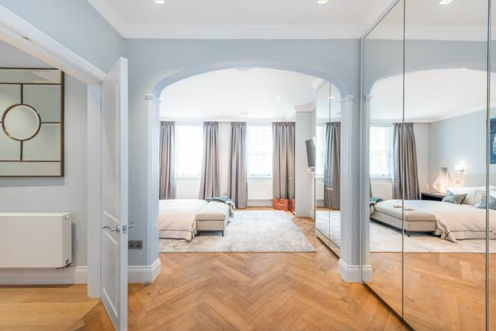 Master Bedroom in SW3