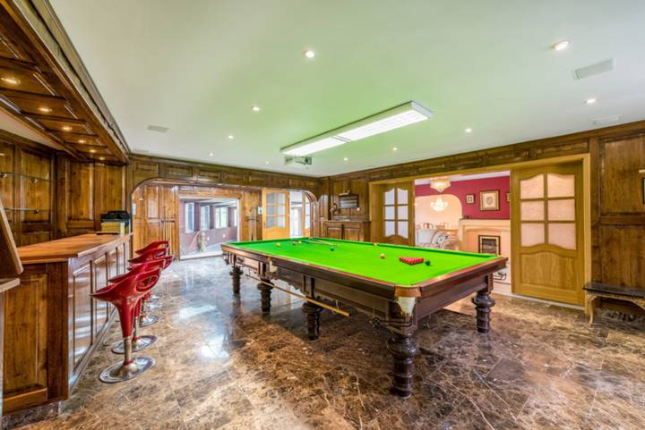 Games Room/Reception Room in NW7