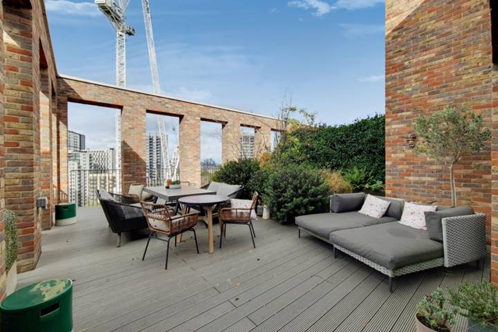 Shower Room in SE17