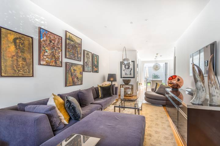 Double Reception Room in NW10