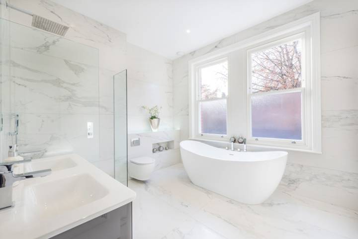 En Suite Bathroom in NW3