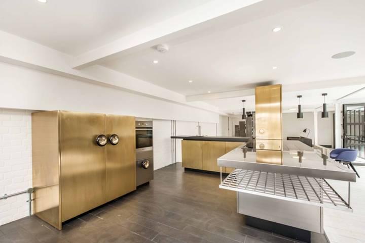 Kitchen in E1W