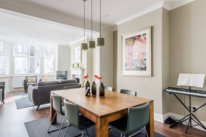 Double Reception Room in SW16