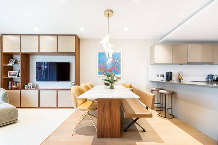 Reception Room/Dining Room in W6
