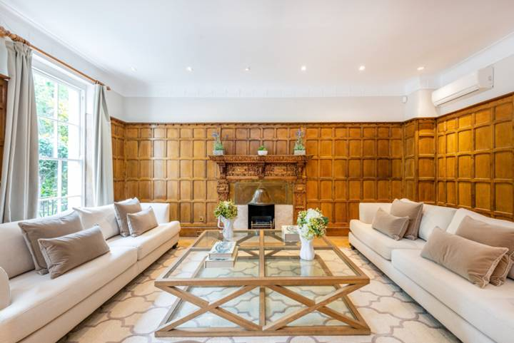 Reception Room in SW1X