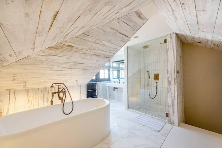 En Suite Bathroom in SW6