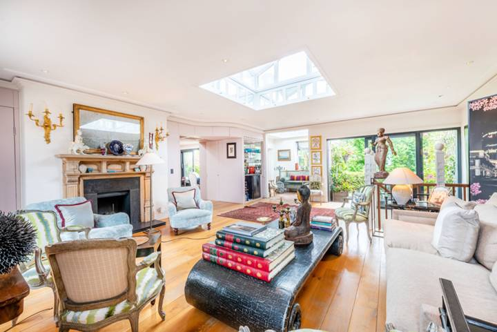 Double Reception Room in SW7