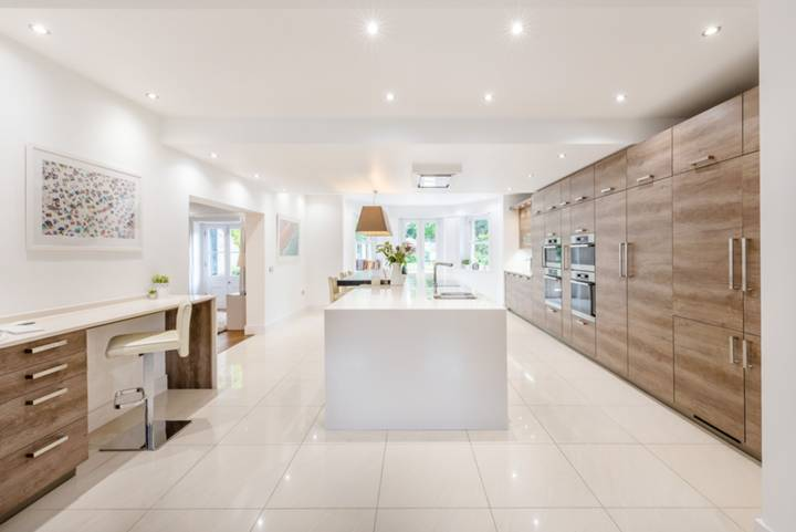 Kitchen/Family Room in SE3