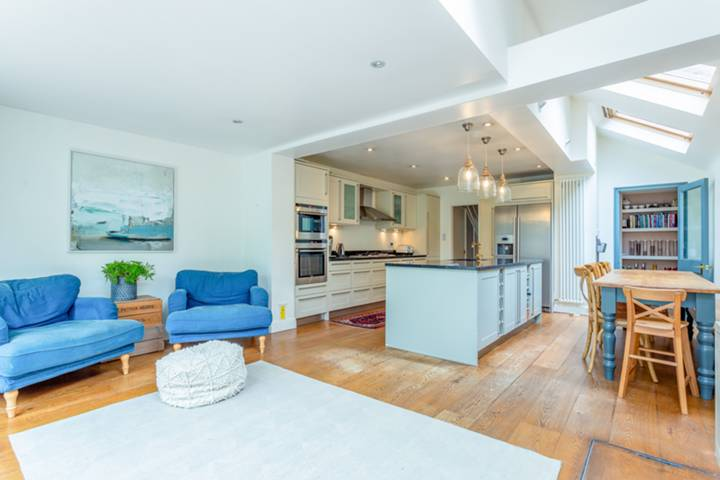 Kitchen/Dining Room in SW19