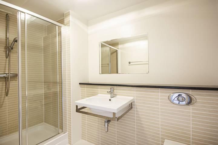 <b>Second Bedroom</b><span class='dims'> 10'8 x 9'2 (3.25 x 2.79m)</span>