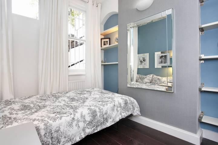 <b>Second Bedroom</b><span class='dims'> 11'3 x 7' (3.43 x 2.13m)</span>