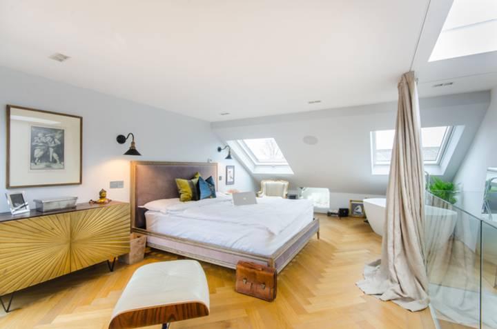 Main Bedroom in NW10